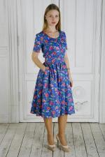 Яркое миди платье